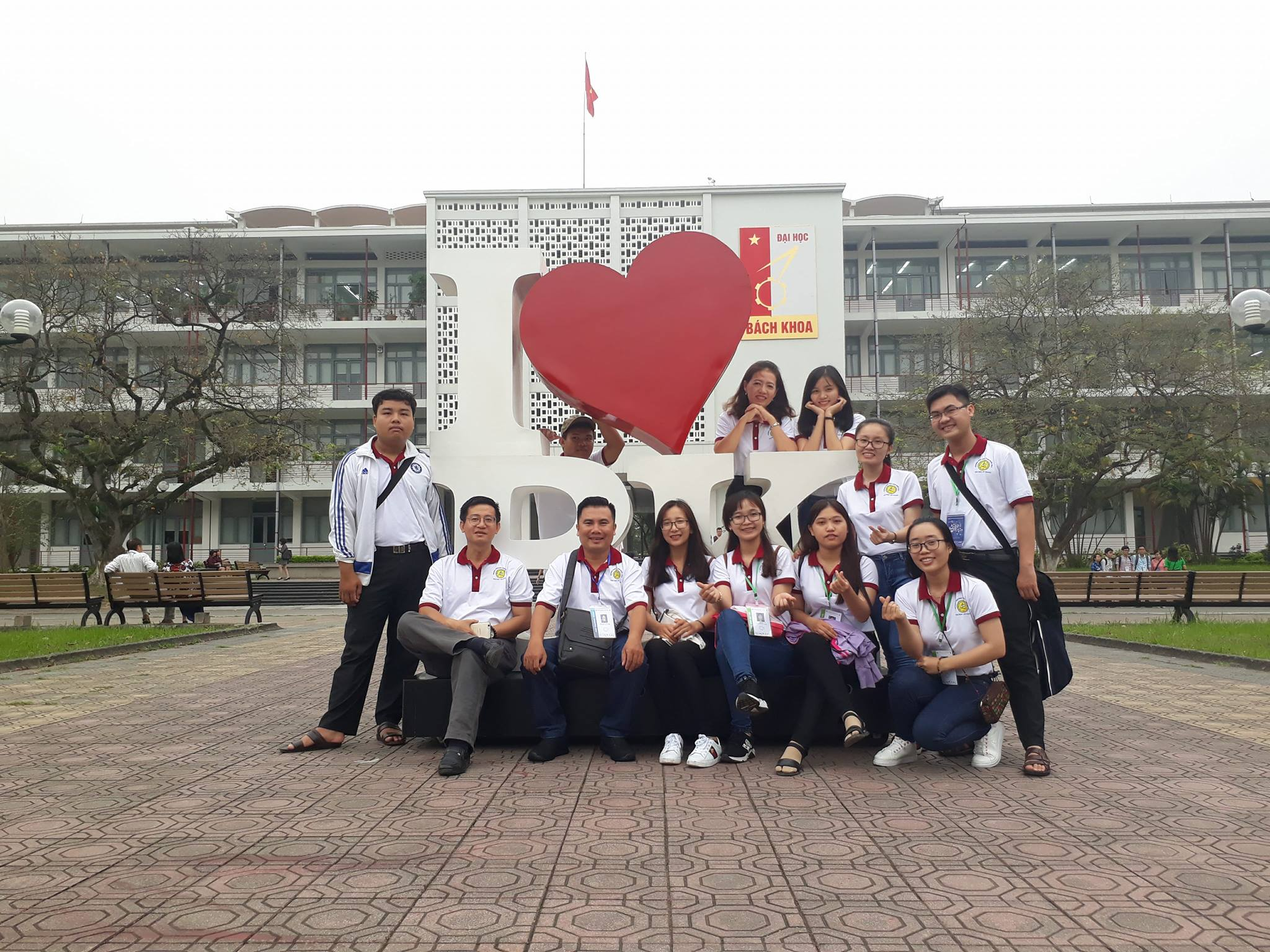 An Giang University team at the 10th National Chemistry Olympiad
