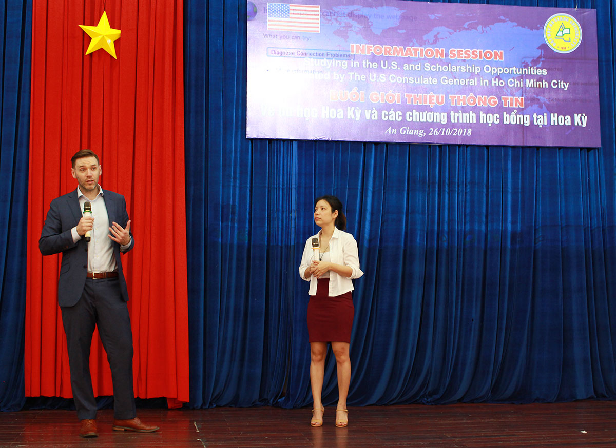 Mr. Matthew Alexander Ference – Public Affairs Officer hoping An Giang University students to receive scholarships from the U.S.